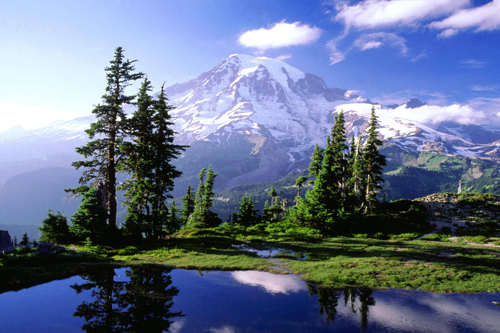 image of the Mt Rainier in Washington State - Washington Addiction Interventions